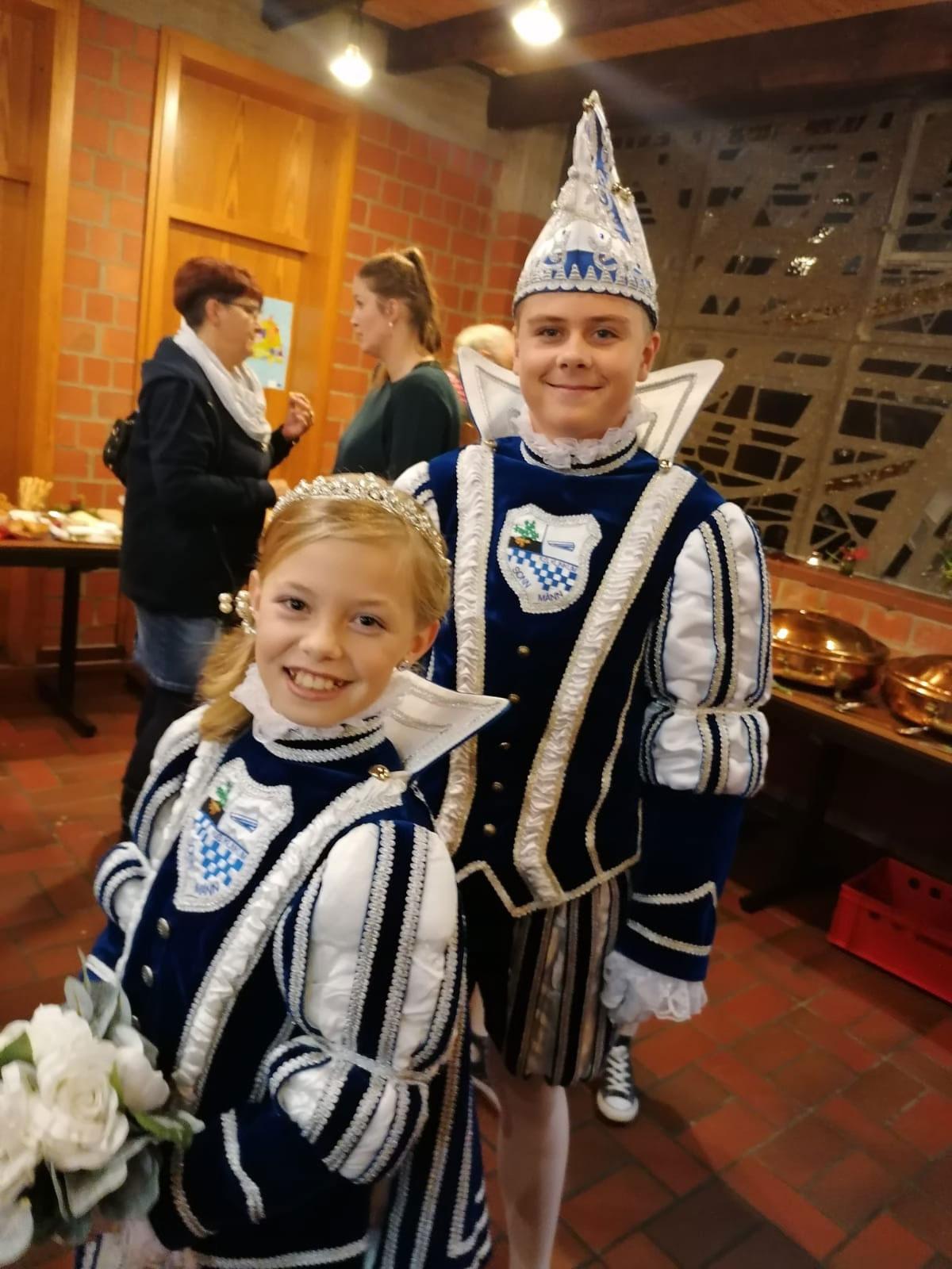 Luca I. und Emilia I. bei der Sessionseröffnung